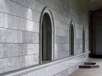 фасад гранитный для дома