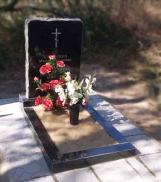 элитный памятник из камня для кладбищ