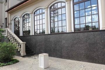 фасад из натурального камня для облицовки