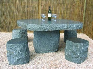 мраморный стол украсит ваш интерьер