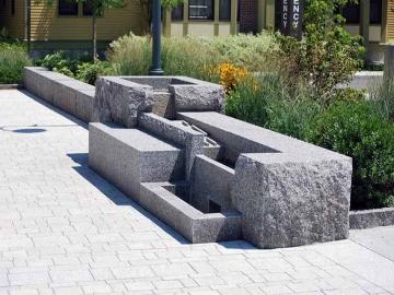 ландшафт из натурального камня для улицы