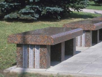 скамейка гранитная