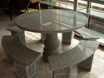 стол из литого мрамора для кухни